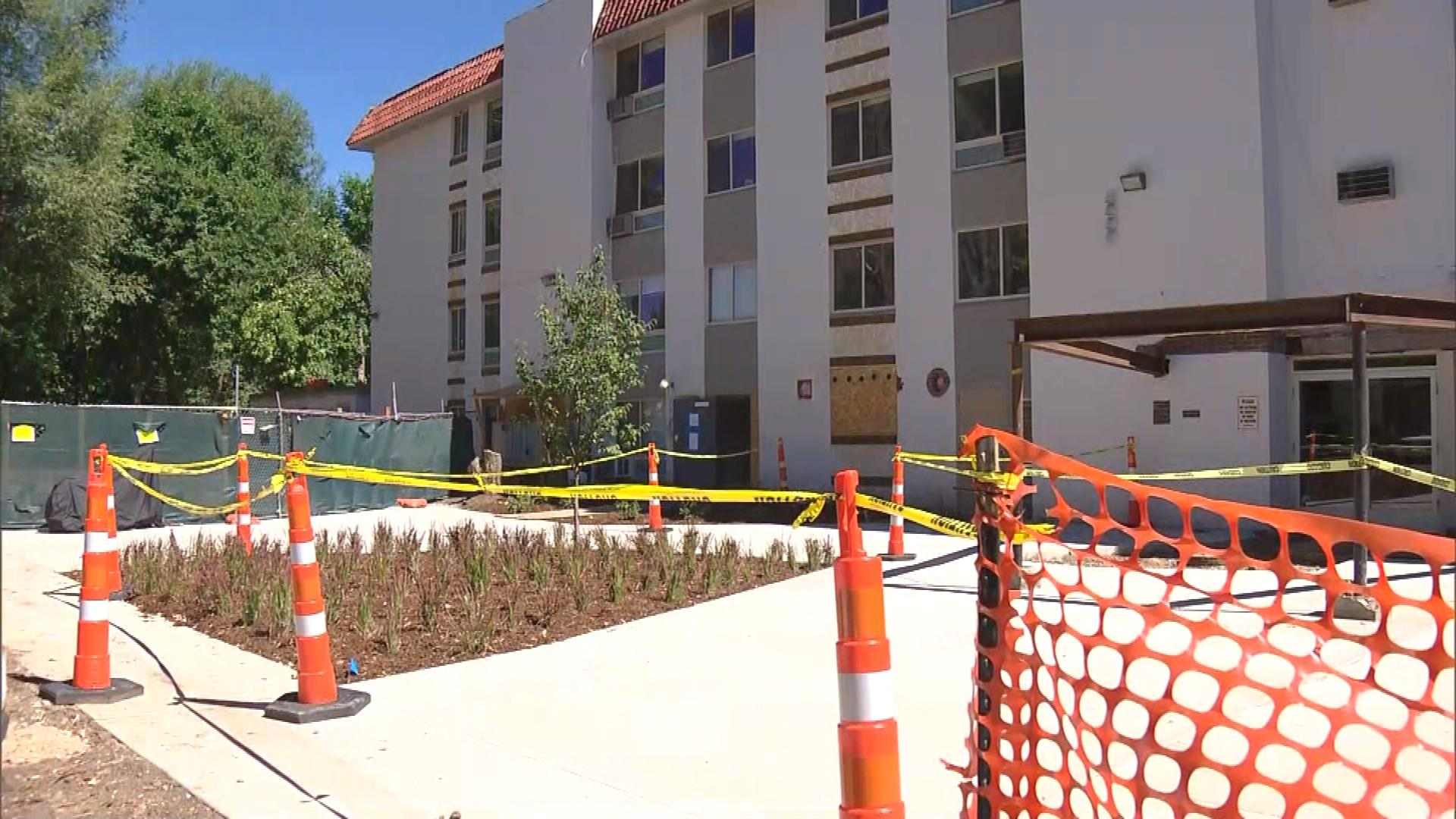 Canyon Apartments on Canyon Boulevard (credit: CBS)