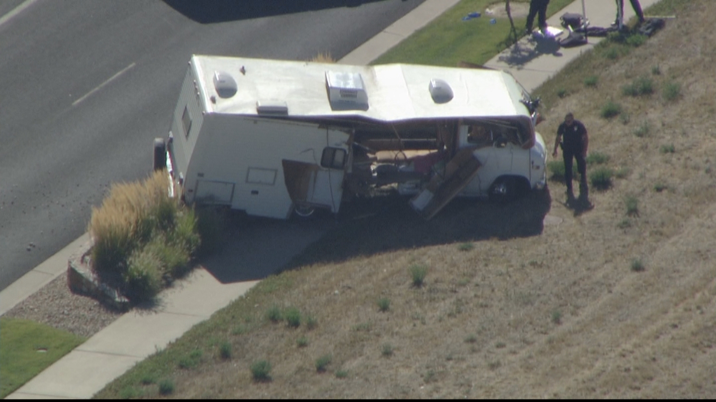 Copter4 flew over the crashed RV near Parker Adventist Hospital (credit: CBS)