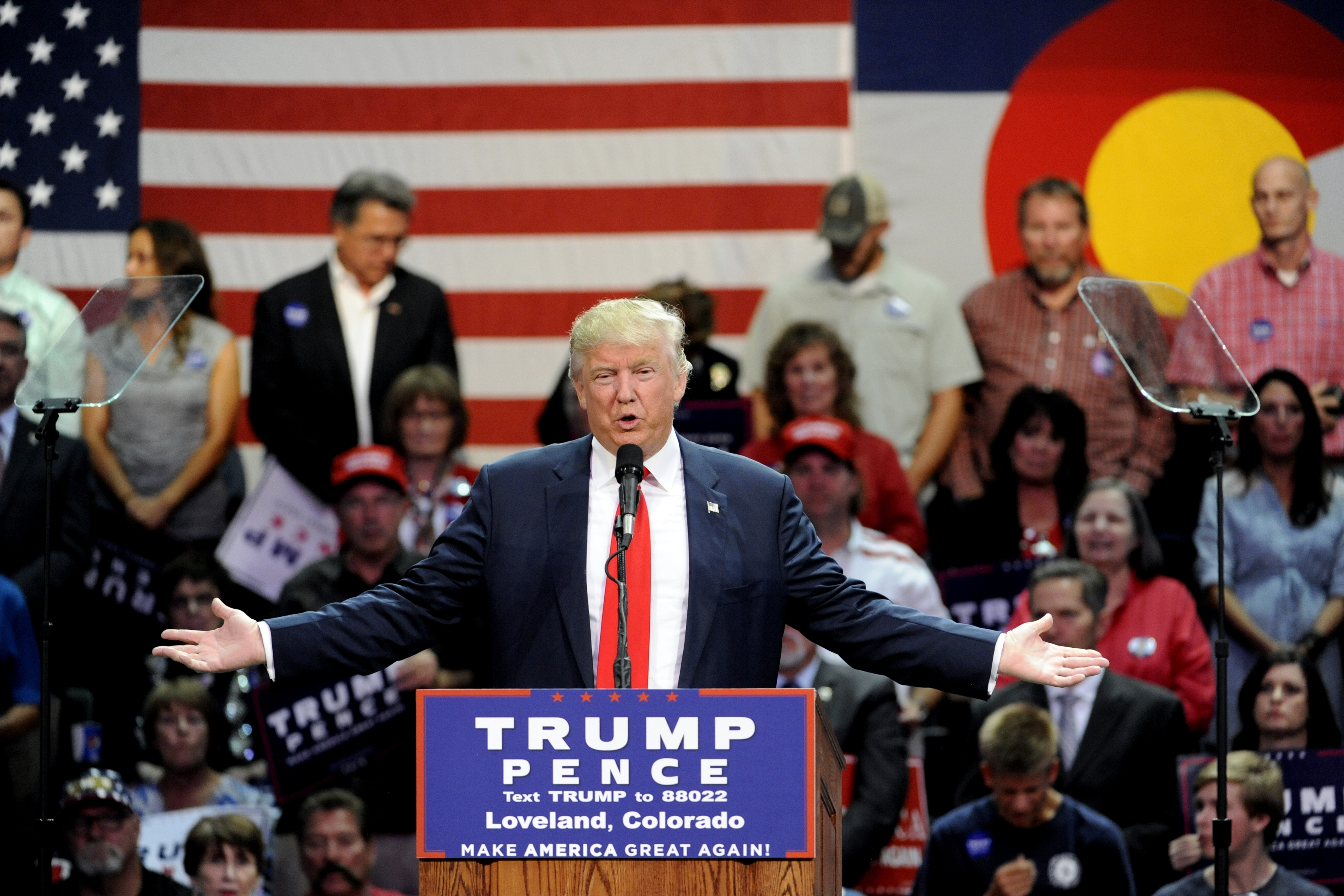 Republican presidential nominee Donald Trump addresses supporters at the Budweiser Events Center in Loveland, Colorado on October 3, 2016. (credit: JASON CONNOLLY/AFP/Getty Images)