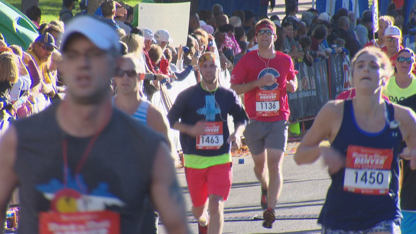 CBS4's Mark Haas running in the red shirt and red sweatband. (credit: CBS)