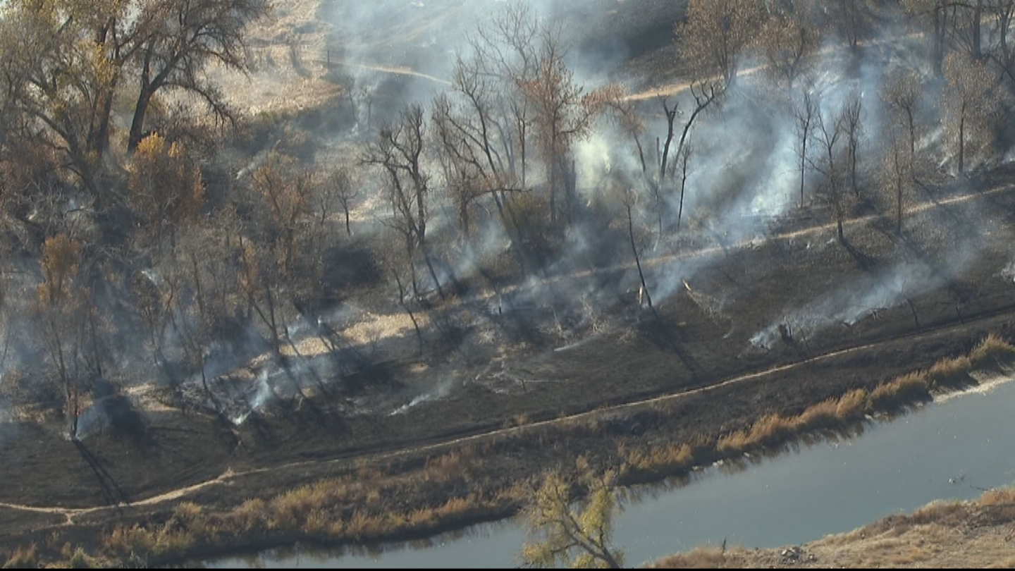 Copter4 flew over the brush fire near the Bluff Lake Nature Center (credit: CBS)