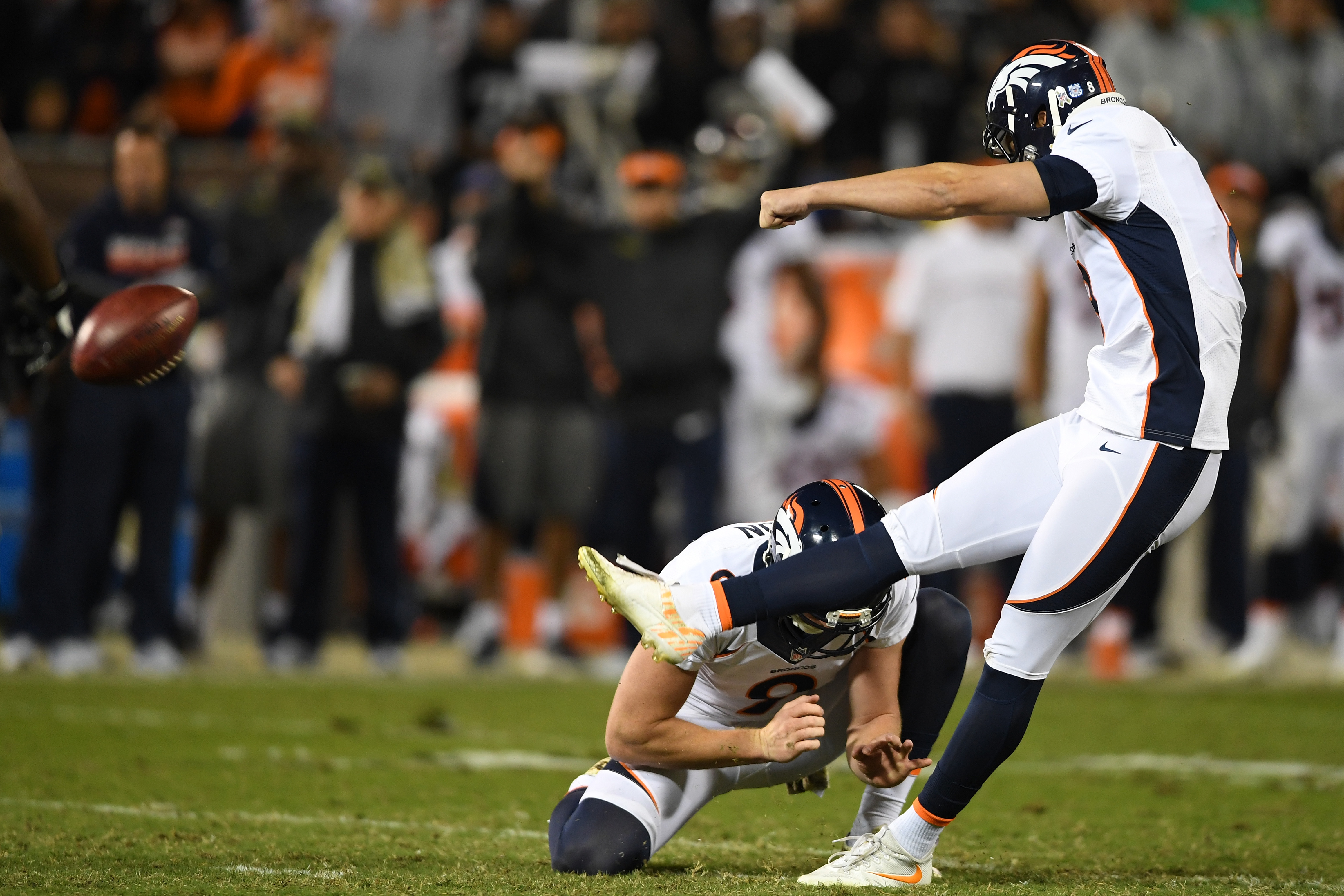 OAKLAND, CA - NOVEMBER 06:   Brandon McManus #8 of the Denver Broncos kicks a field goal against the Oakland Raiders at Oakland-Alameda County Coliseum on November 6, 2016 in Oakland, California. (Photo by Thearon W. Henderson/Getty Images)