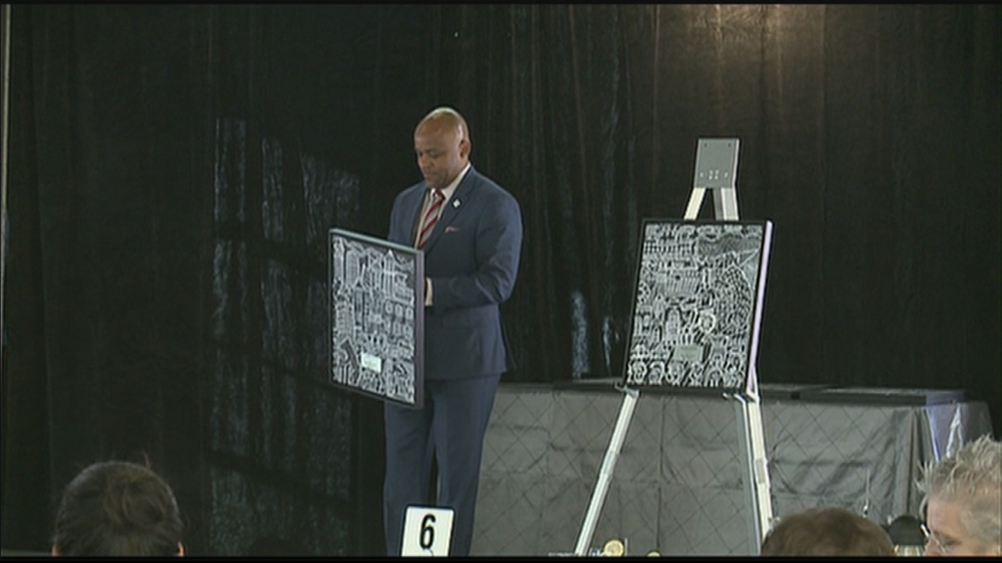 Denver Mayor Michael Hancock presents Awards for Excellence in Arts and Culture (credit: CBS)