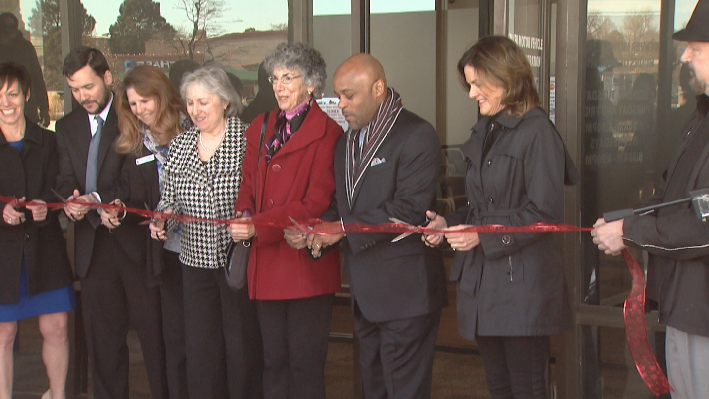 Denver Mayor Michael Hancock cut the ribbon on the new DMV office at Evans and Monaco (credit: CBS)