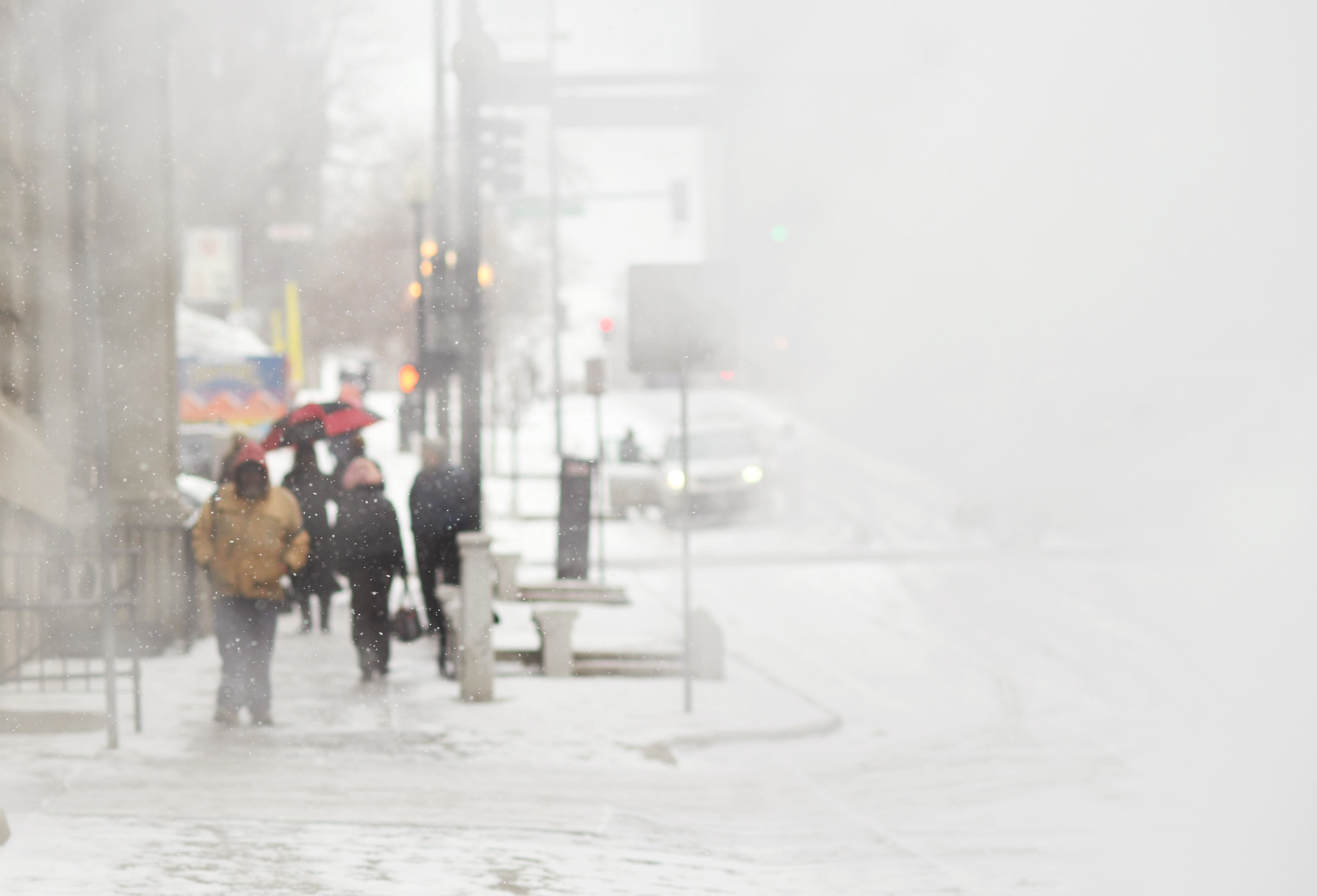 People walk down 16th Street, covered in steam, in Denver, on Wedesday.(credit: RJ Sangosti/The Denver Post via Getty Images)