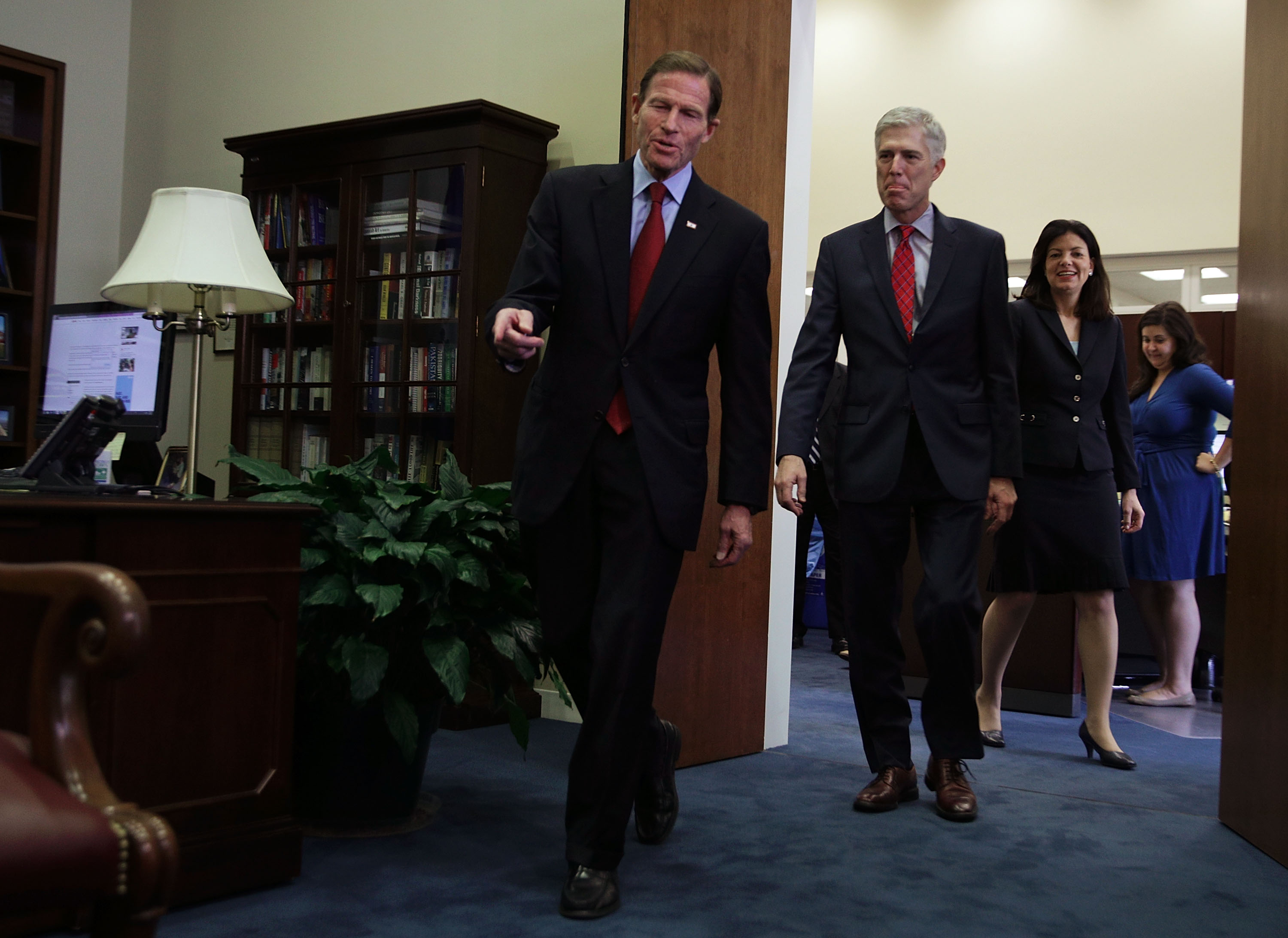 U.S. Supreme Court nominee Judge Neil Gorsuch (2nd L) arrives with former Sen. Kelly Ayotte (R-NH) (R) at the office of Sen. Richard Blumenthal (D-CT) (L) for a meeting February 8, 2017 in Washington, DC. (credit: Alex Wong/Getty Images)