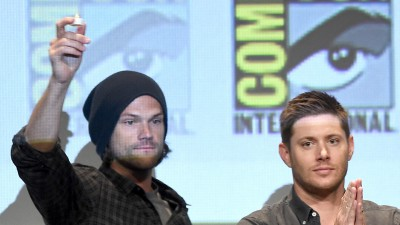 "SAN DIEGO, CA - JULY 12:  (L-R) Actors Jared Padalecki, Jensen Ackles, Misha Collins and Mark Sheppard attend the ""Supernatural"" panel during Comic-Con International 2015 at the San Diego Convention Center on July 12, 2015 in San Diego, California.  (Photo by Kevin Winter/Getty Images)"